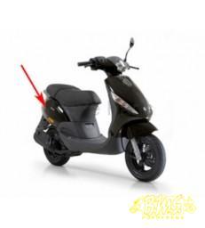 zijscherm Piaggio zip2000