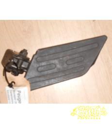 Duostep /steun Links Peugeot Kisbee bouwjaar 2011. frame nr VGAK1ABAA0J Afgelezen km-stand  11816