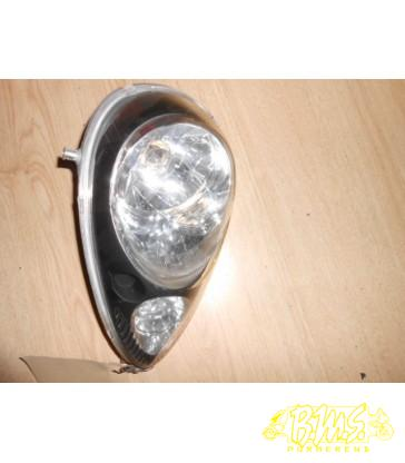 koplamp sym mio 2010. framenr-rf6hu05wx lichte veegkrasjes midden op.