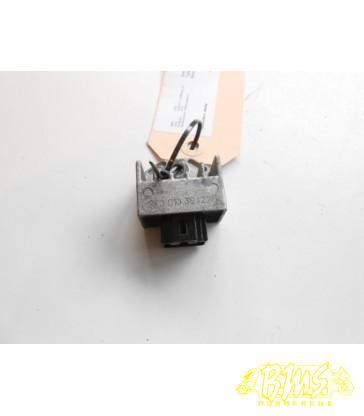 Spanningsregelaar (gt301030422a) Sym XS50QT-7 X-Pro (allo) bouwjaar-2014 framenr-LXMAEA101DX Afg-kmstans 49065. 4takt. 45kmu