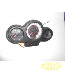 Km-Teller Peugeot Speedfight-2 van voor 2005. kmstand afgelezen 024810